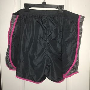 3xl lined NWT running shorts